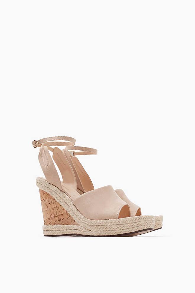 http://www.esprit.fr/femmes-chaussures/sandales-compensées-à-semelles-en-liège-047EK1W021_271