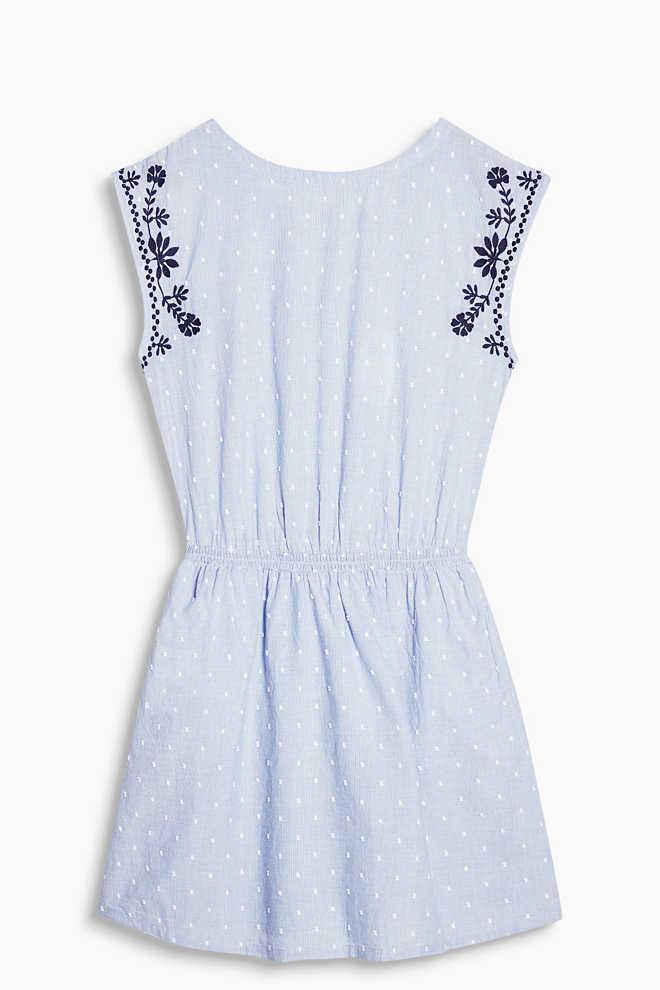 http://www.esprit.fr/robes/robe-brodée-100-coton-067CC1E022_440